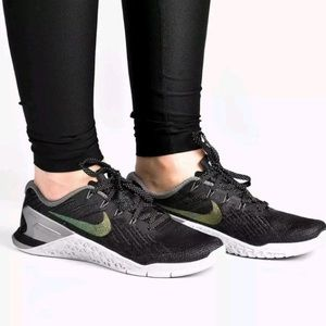 Nike Metcon 3 Metallic Training Shoe